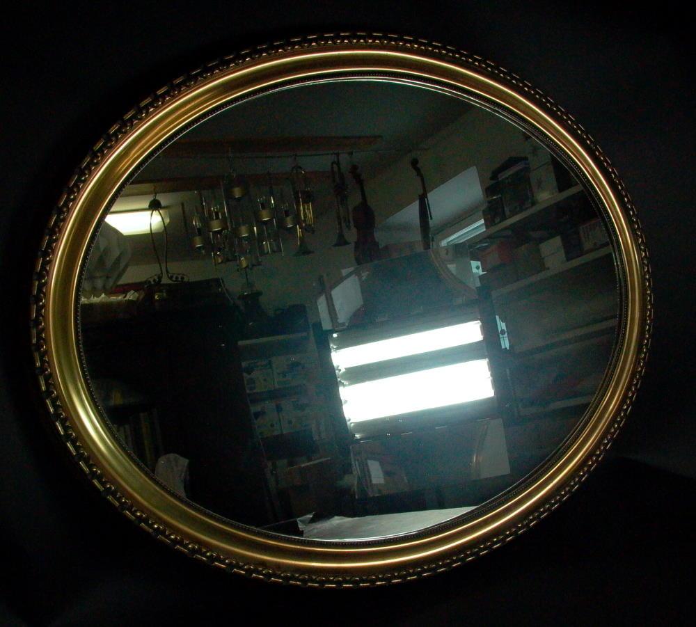 grosser antiker spiegel holzrahmen 115cm x 84cm oval. Black Bedroom Furniture Sets. Home Design Ideas