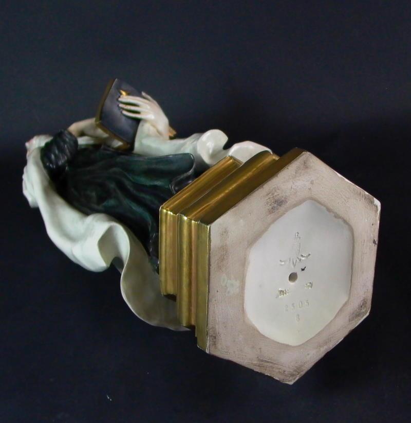 seltene figur karlsruher majolika hl therese 50cm ebay. Black Bedroom Furniture Sets. Home Design Ideas